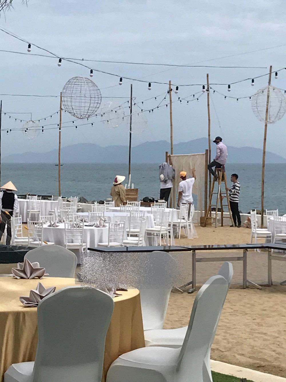 Hot: Lộ ảnh hiếm hoi về không gian lễ đính hôn của Nhã Phương và Trường Giang - Ảnh 5