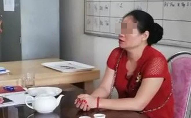 Vụ vợ chống nạnh, chửi CSGT thậm tệ vì chồng bị bắt xe: 'Tại tháng 7 âm lịch' - Ảnh 2