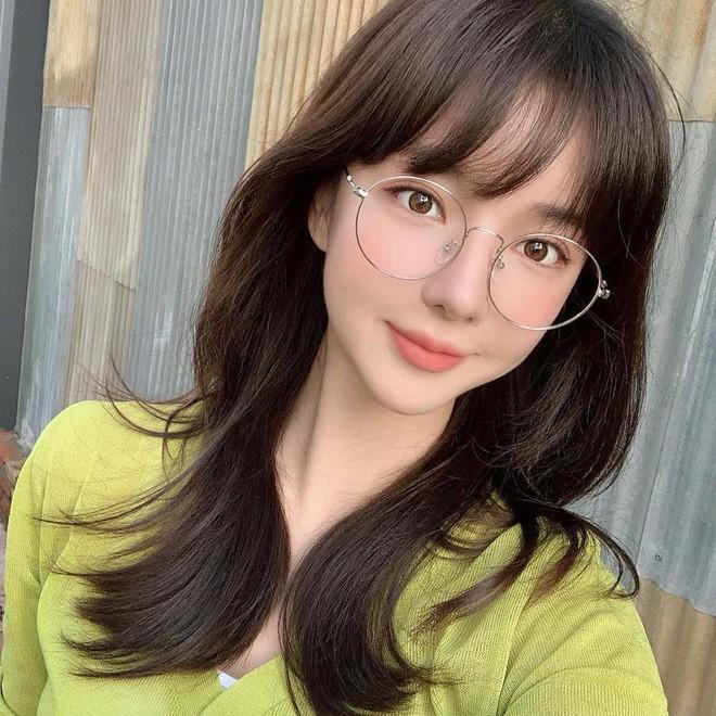 Gái Hàn luôn có tóc mái bồng bềnh tự nhiên cả ngày dài là nhờ một thủ thuật vô cùng đặc biệt - Ảnh 7