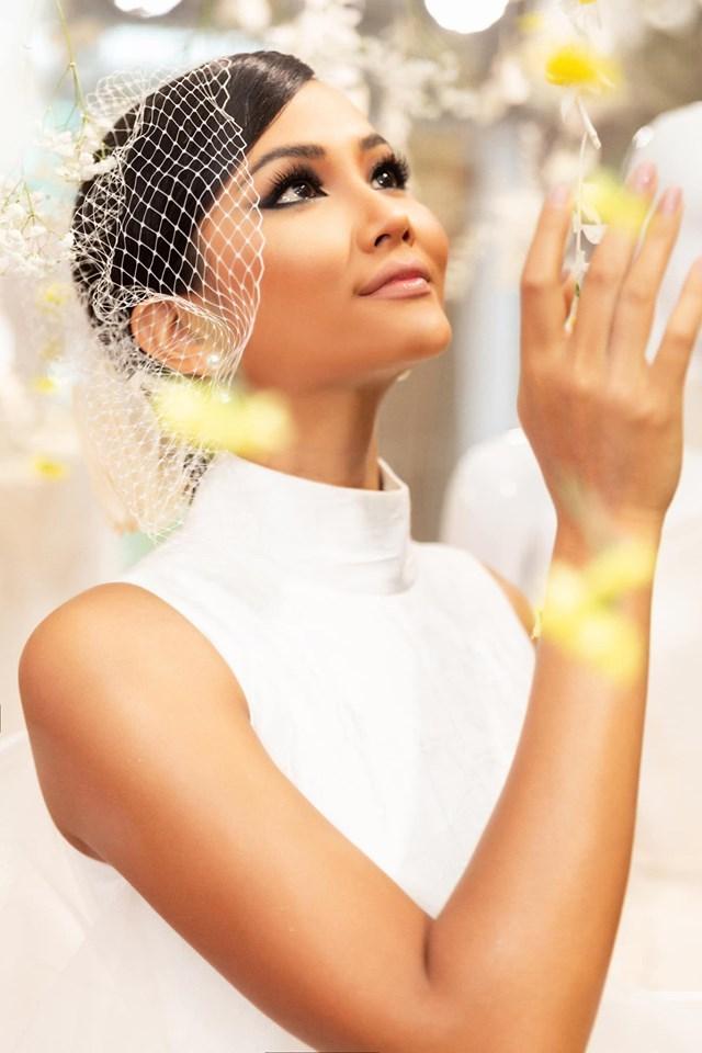 Vừa công khai có bạn trai, Hoa hậu H'Hen Niê tung ảnh cưới đẹp như cổ tích: 'Hen cũng phải thành cô dâu' - Ảnh 2