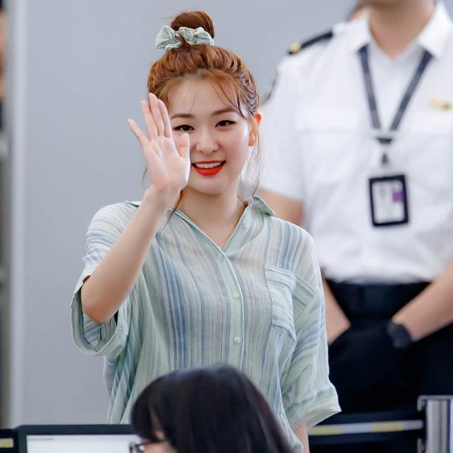 Jennie, Nayeon, Irene… đều mê mẩn chun buộc tóc từ thời các mẹ, các cô nàng nên sắm ngay để diện trong mùa tựu trường - Ảnh 6