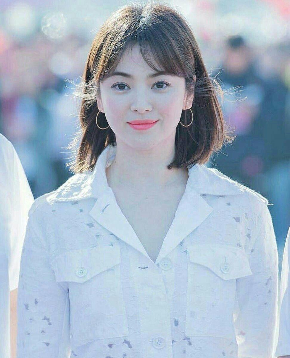 Song Hye Kyo cũng có nhược điểm vóc dáng gây tự ti và đây là 2 cách cô chọn trang phục để khắc phục điều này - Ảnh 6