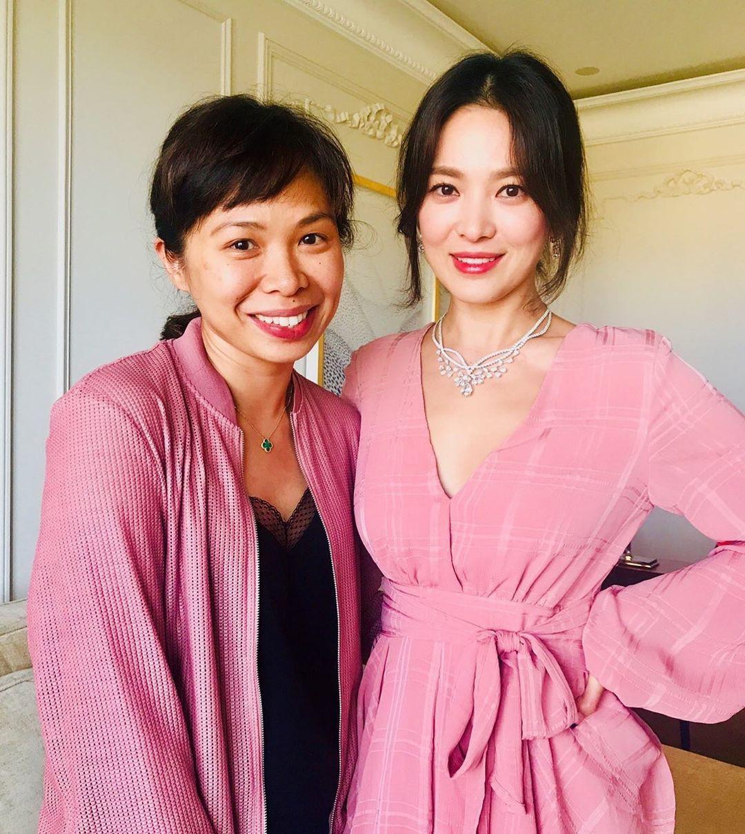 Song Hye Kyo cũng có nhược điểm vóc dáng gây tự ti và đây là 2 cách cô chọn trang phục để khắc phục điều này - Ảnh 10