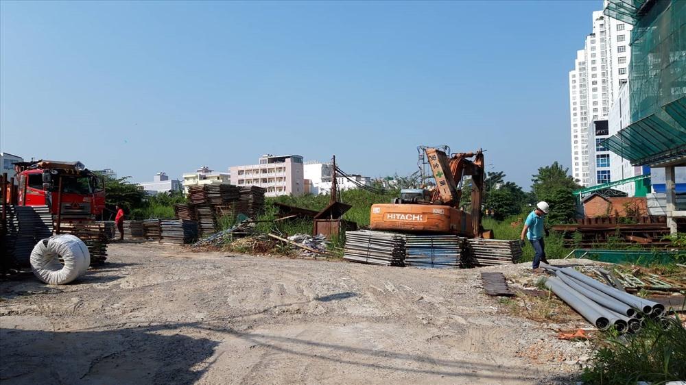 """TP.Hồ Chí Minh: Khách mua nhà """"hoảng hốt"""" vì dự án """"đứng hình"""" - Ảnh 3"""