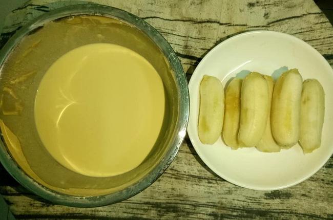 Cách làm bánh chuối chiên để 2 tiếng vẫn giòn rụm và bánh chuối nướng dẻo thơm chuẩn vị - Ảnh 2