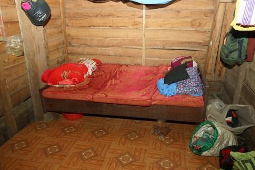 Tiết lộ nguyên nhân vụ mẹ dùng gối bịt mặt con trai 10 tháng tuổi đến tắt thở ở Đắk Lắk - Ảnh 2