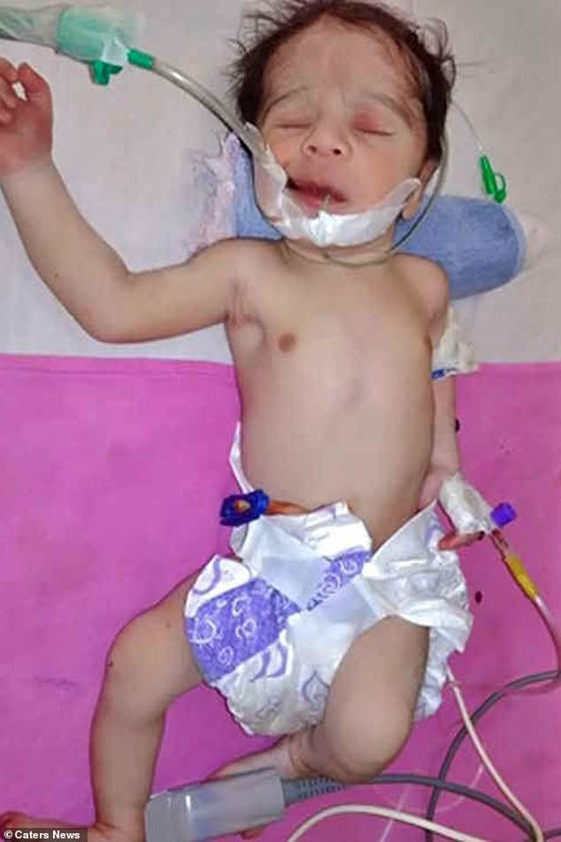 Thai phụ nghĩ quẩn treo cổ, em bé sơ sinh vừa lọt lòng còn nguyên dây rốn lủng lẳng dưới váy mẹ - Ảnh 4