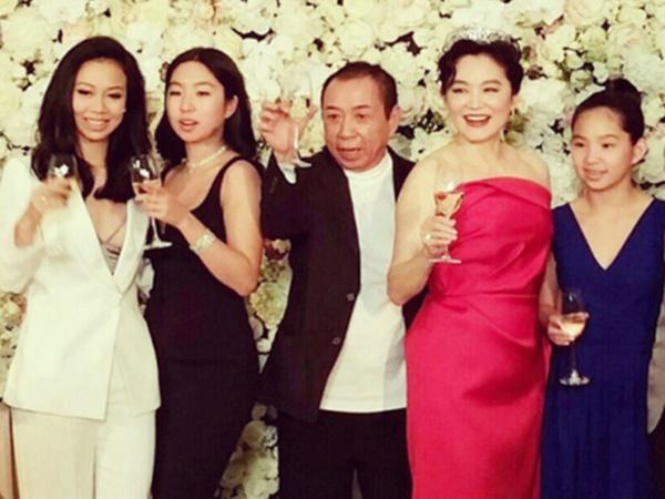 Nhận 256 triệu USD sau ly hôn, Lâm Thanh Hà vội tái hôn ở tuổi U70? - Ảnh 2