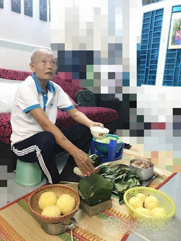 Người người khoe ảnh sum vầy ngày Tết, Phi Thanh Vân nghẹn ngào nhớ bố đã mất - Ảnh 1