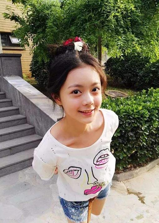 Mỹ nhân 17 tuổi Trung Quốc tỏa sáng ở bom tấn 650 triệu USD là ai? - Ảnh 3