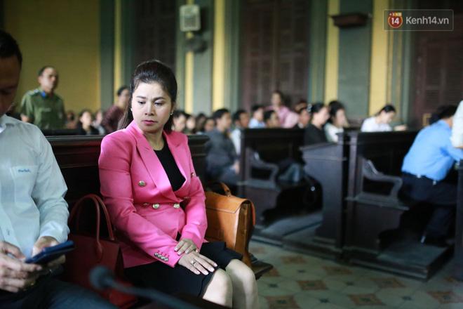 Ông Đặng Lê Nguyên Vũ: 'Gia đình đâu có thiếu tiền mà cô ấy phải đi làm khắp nơi, để rồi nuôi con 3 năm không lên một ký' - Ảnh 1