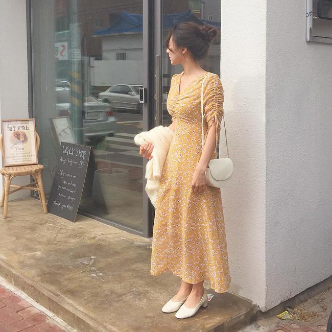 Trình mix đồ của bạn sẽ 'lên tay' hẳn sau khi tham khảo 15 set đồ này từ street style của các quý cô Châu Á - Ảnh 7