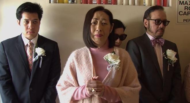 Lễ tang danh ca Thái Thanh: Chỉ có người thân, công chúng chia buồn qua livestream, Ý Lan gục bên quan tài mẹ - Ảnh 8