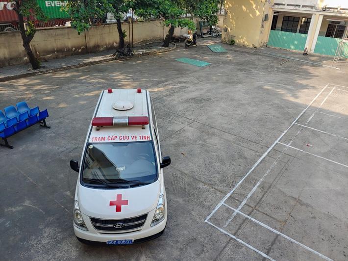 TP.HCM: Cách ly 53 nhân viên y tế Bệnh viện huyện Bình Chánh tiếp xúc với người dương tính Covid-19 tại đám tang - Ảnh 2