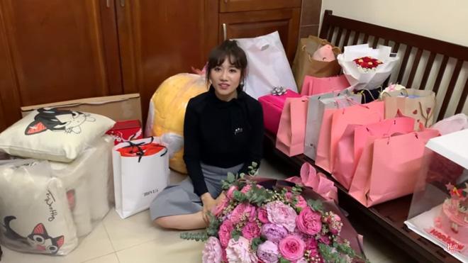 Fan mắc bệnh hiểm nghèo viết thư cho Hari Won: Dù một ngày chị không còn nổi tiếng, em vẫn ở bên chị - Ảnh 1