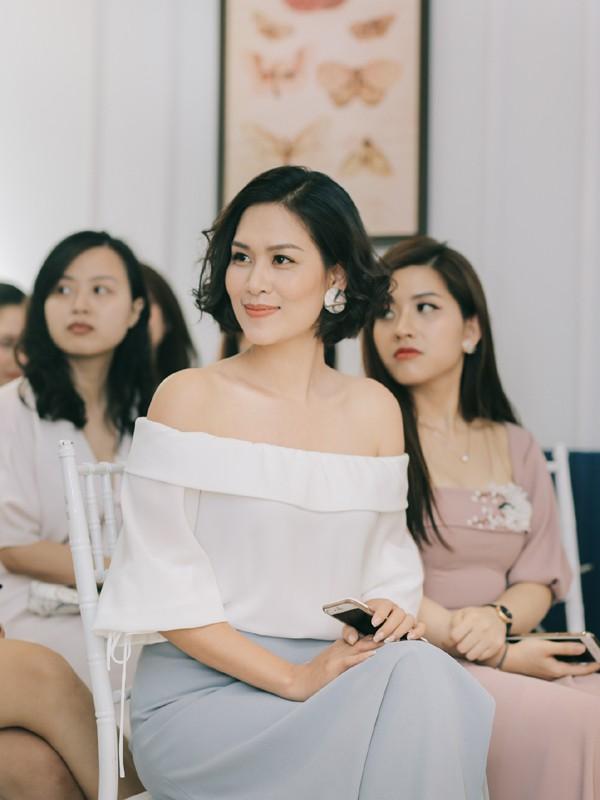 Chị Nguyệt thảo mai giờ da trắng dáng xinh, đẹp như diễn viên Hàn - Ảnh 2