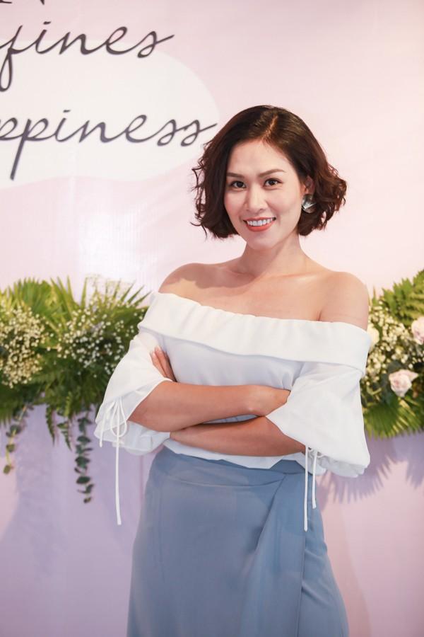 Chị Nguyệt thảo mai giờ da trắng dáng xinh, đẹp như diễn viên Hàn - Ảnh 3