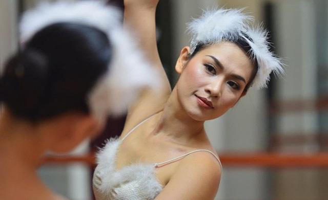 Chị Nguyệt thảo mai giờ da trắng dáng xinh, đẹp như diễn viên Hàn - Ảnh 6