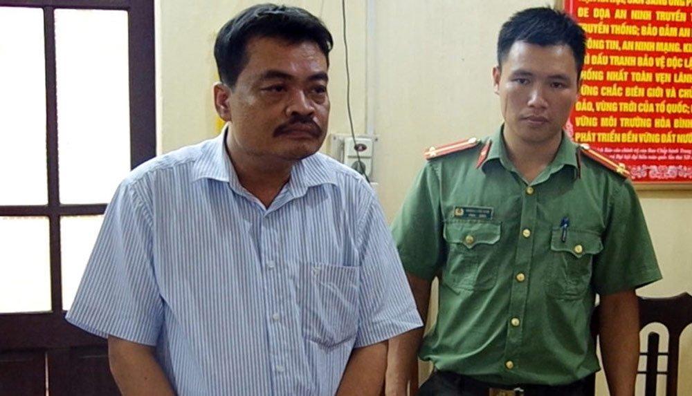 Vụ sửa điểm thi ở Hà Giang: Ông Hoài, ông Lương đổ lỗi cho nhau - Ảnh 1