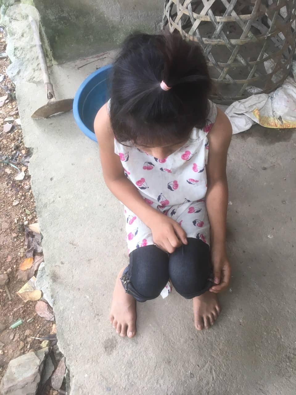 Bé gái 13 tuổi nghi bị gã hàng xóm xâm hại nhiều lần rồi dọa giết nếu tiết lộ ở Hà Giang - Ảnh 7