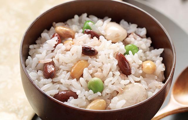 Thêm những nguyên liệu này vào cơm, vị ngon hơn mà công dụng cực tốt - Ảnh 4
