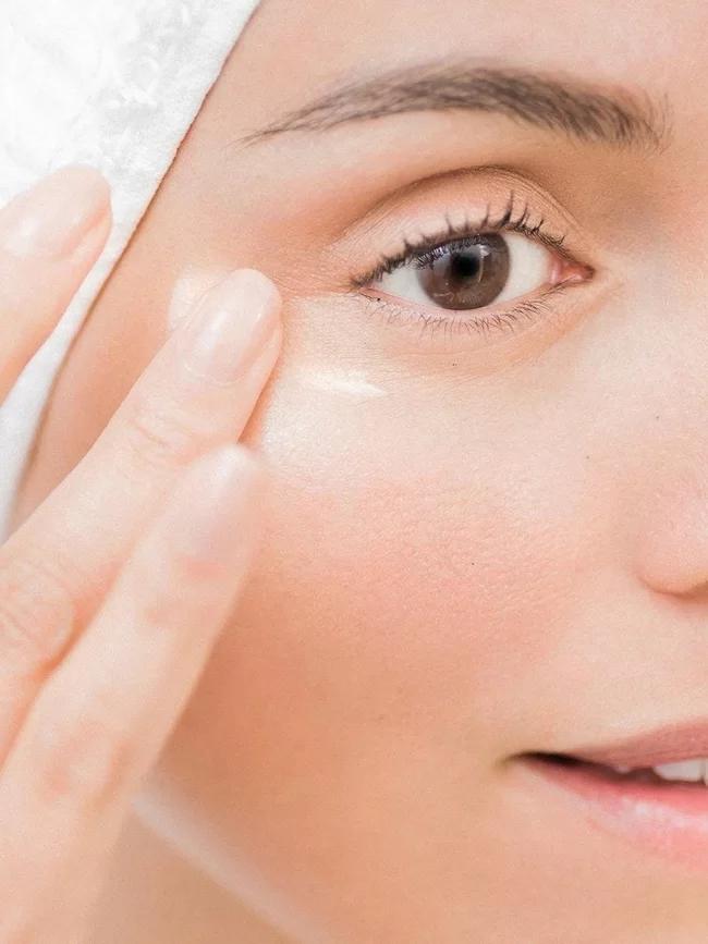 5 sản phẩm chuyên gia da liễu khuyên phụ nữ ở ngưỡng tuổi 30 nên dùng - Ảnh 2