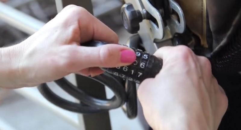 'Bỏ túi' 12 mẹo sử dụng xe đẩy trẻ em siêu hay ho chỉ cha mẹ thông minh mới nghĩ ra - Ảnh 13