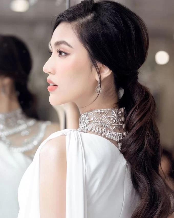 Chiêu makeup cơ bản giúp Lan Khuê luôn tươi tắn, rạng rỡ - Ảnh 3