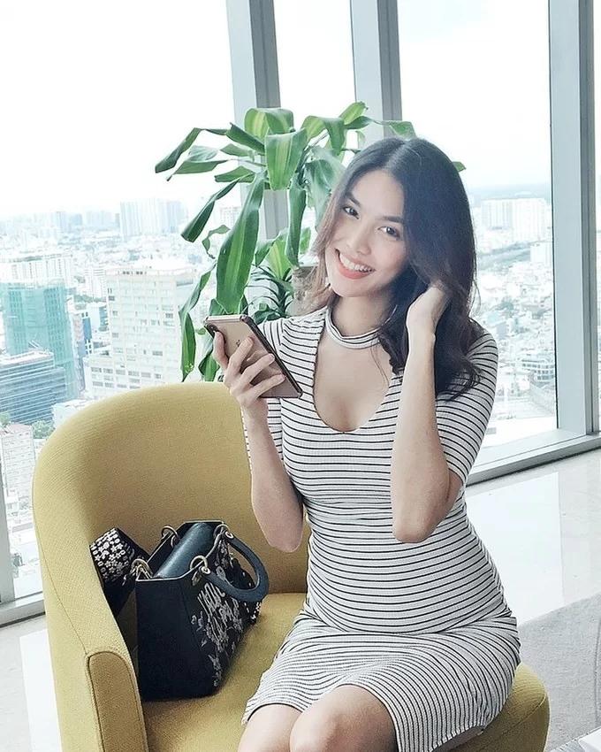 Chiêu makeup cơ bản giúp Lan Khuê luôn tươi tắn, rạng rỡ - Ảnh 6