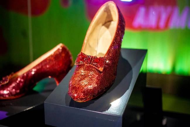Mẹo giúp phái đẹp chọn mua và bảo quản giày, dép - Ảnh 2