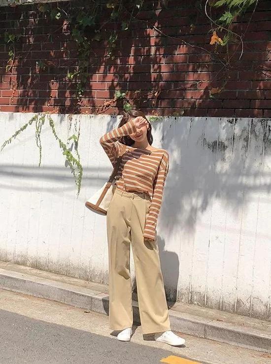 Phối quần ống suông cho trang phục mùa thu - Ảnh 3