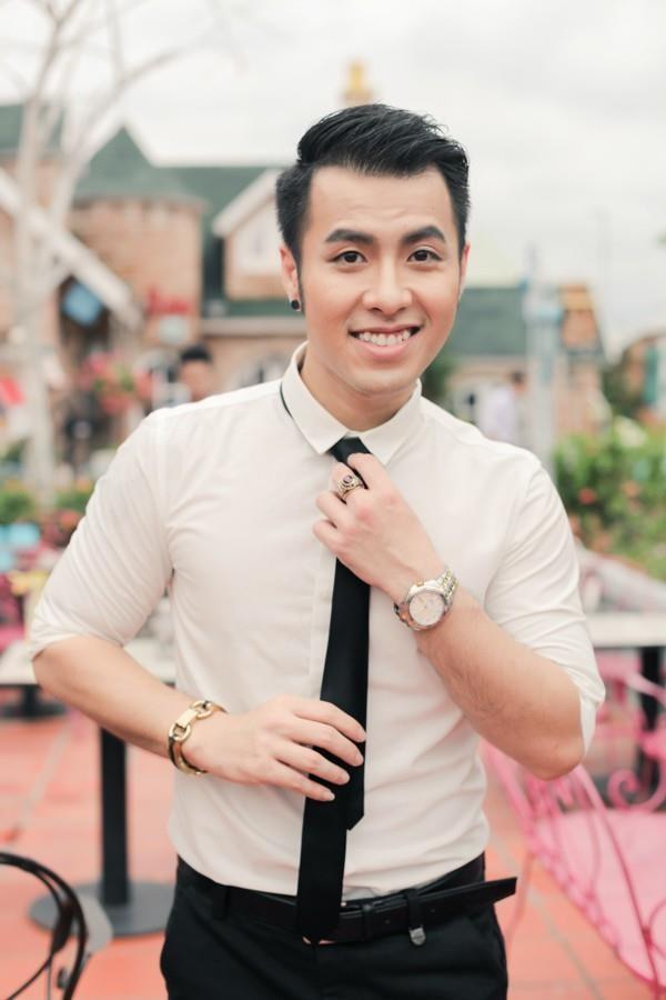 Không còn phát tướng, Akira Phan tự tin khoe thân hình 6 múi sau phẫu thuật thẩm mỹ, tích cực 'thả thính' trên MXH - Ảnh 2