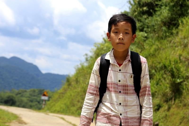 Cậu bé sống một mình trên núi và lời từ chối bất ngờ với thầy chủ nhiệm - Ảnh 1