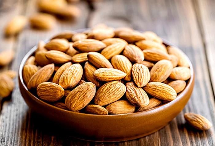 Những thực phẩm nên và không nên ăn đối với da mụn - Ảnh 6