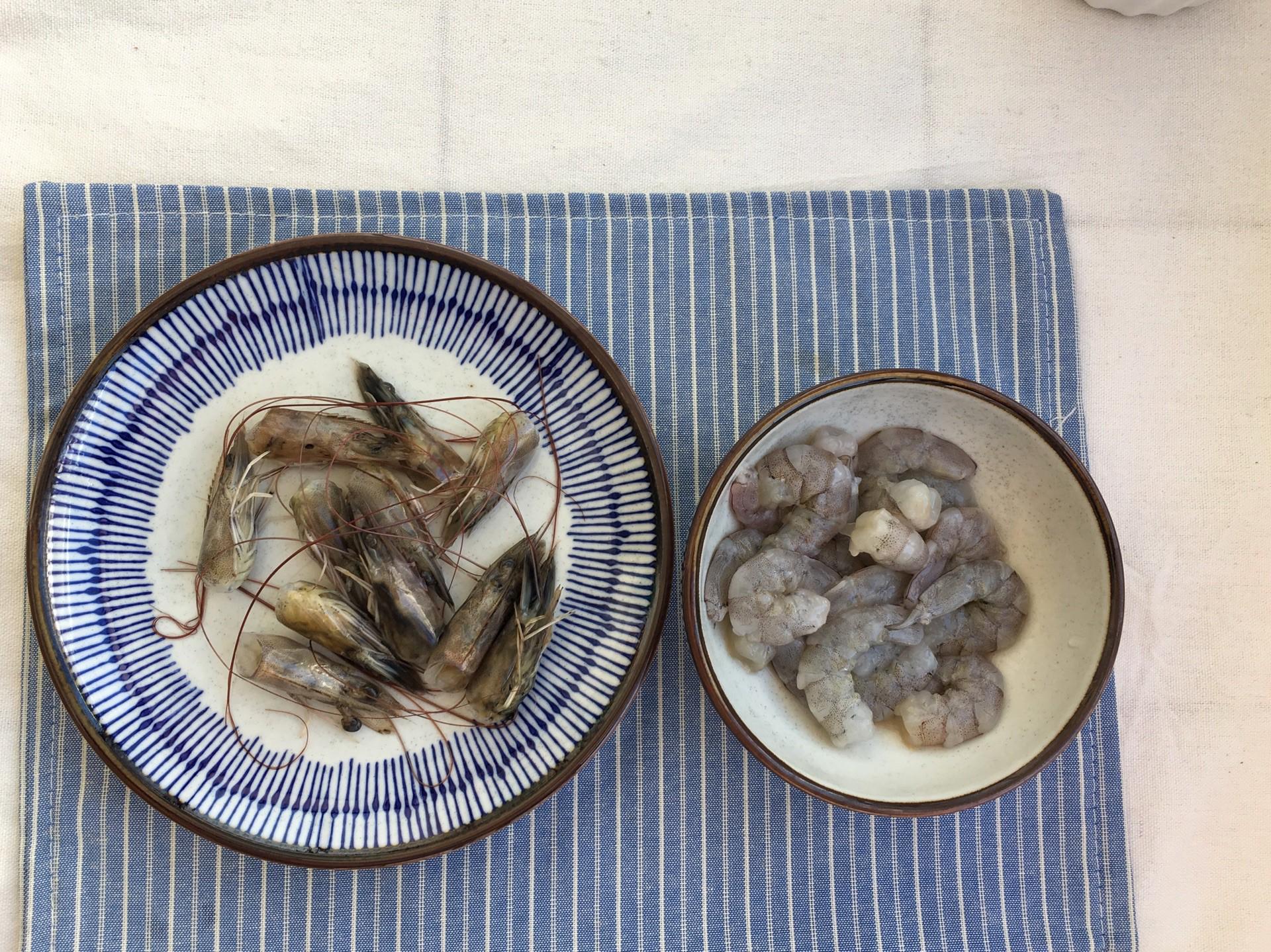 Đổi món cho bữa sáng với cháo gà tôm ngọt thơm đầy dinh dưỡng - Ảnh 3