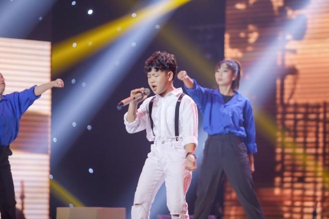 Giọng hát Việt nhí 2018: Vũ Cát Tường – Soobin Hoàng Sơn hóa cặp đôi đẹp lão nhảy nhót tưng bừng với học trò - Ảnh 1