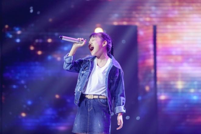 Giọng hát Việt nhí 2018: Vũ Cát Tường – Soobin Hoàng Sơn hóa cặp đôi đẹp lão nhảy nhót tưng bừng với học trò - Ảnh 3