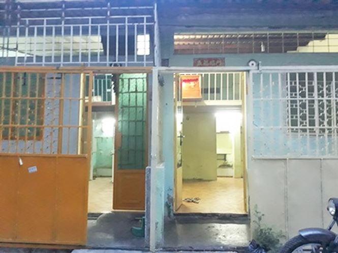 Nhà cũ nát 'lột xác' sau cải tạo chỉ với 350 triệu đồng - Ảnh 1