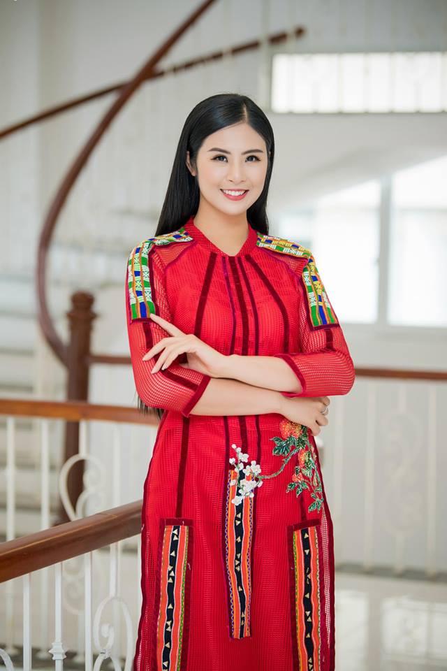 Bị chỉ trích quá ảo tưởng khi nói đồng ý 'nếu Đặng Văn Lâm mời ăn tối', Hoa hậu Ngọc Hân lên tiếng - Ảnh 4
