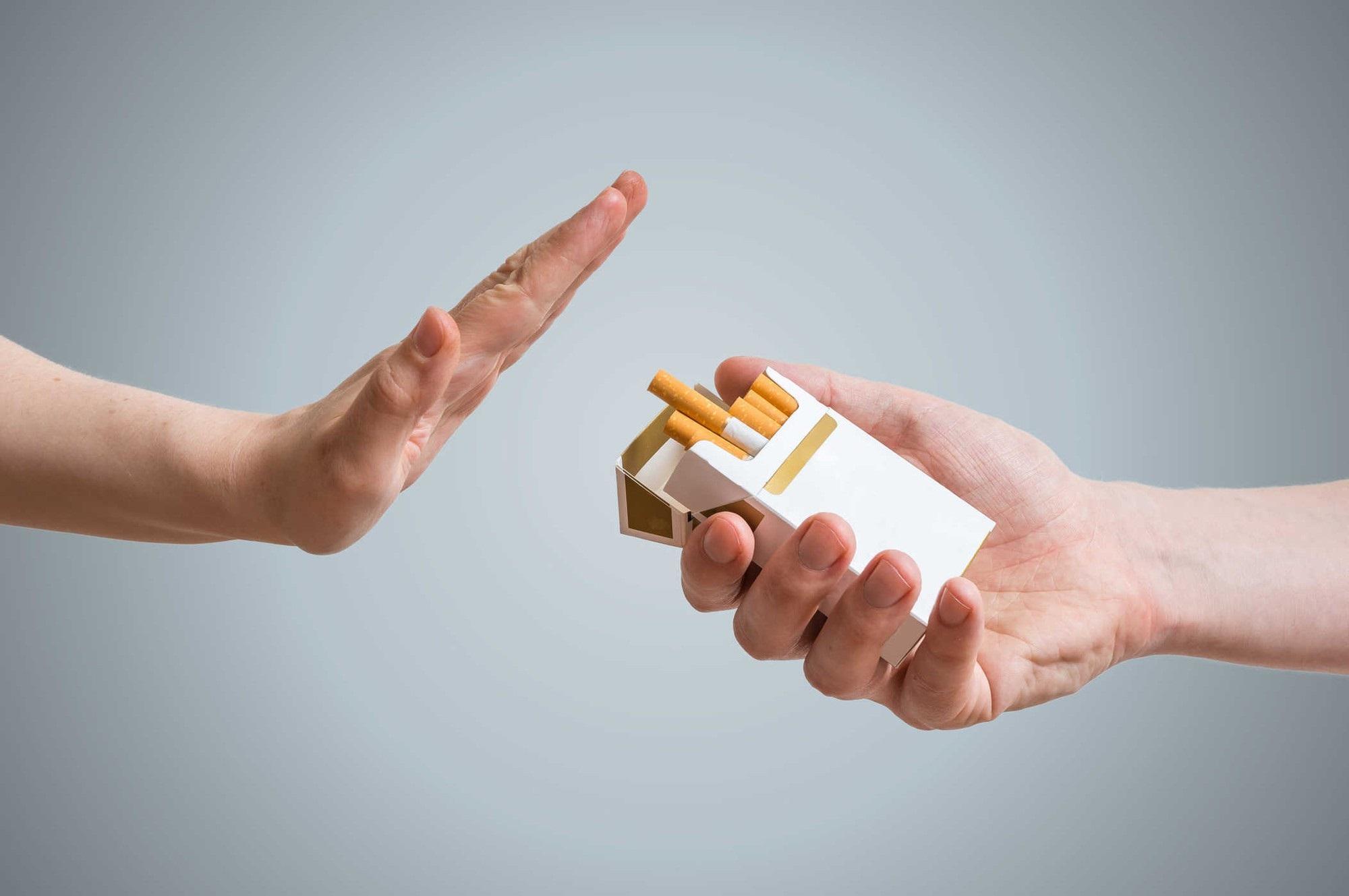 Sửa ngay những thói xấu khiến bạn dễ mắc bệnh ung thư vòm họng, cái số 3 giới trẻ mắc phải rất nhiều - Ảnh 5