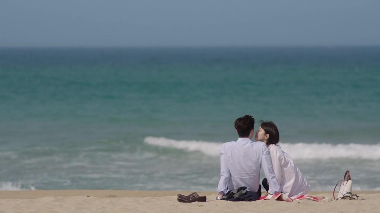 Trong hôn nhân: Đàn ông nên học cách bao dung, đàn bà nên học cách chấp nhận - Ảnh 4