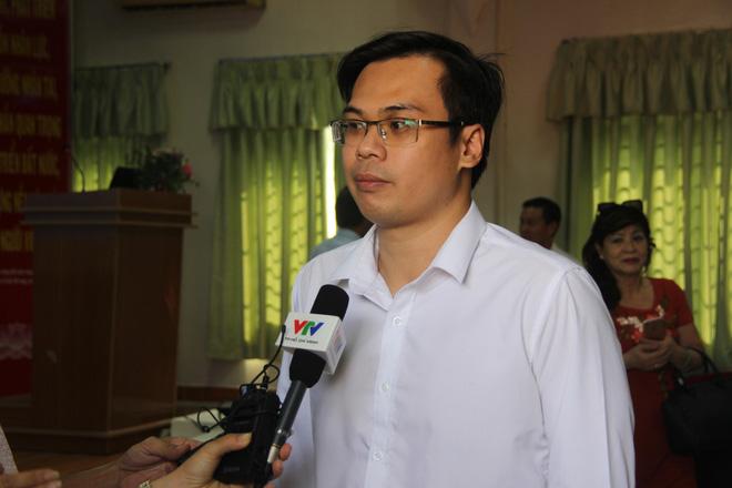 Ngoài 2 cha con người Trung Quốc, Việt Nam đang cách ly 35 trường hợp khác có triệu chứng sốt khi đi về từ vùng dịch - Ảnh 1