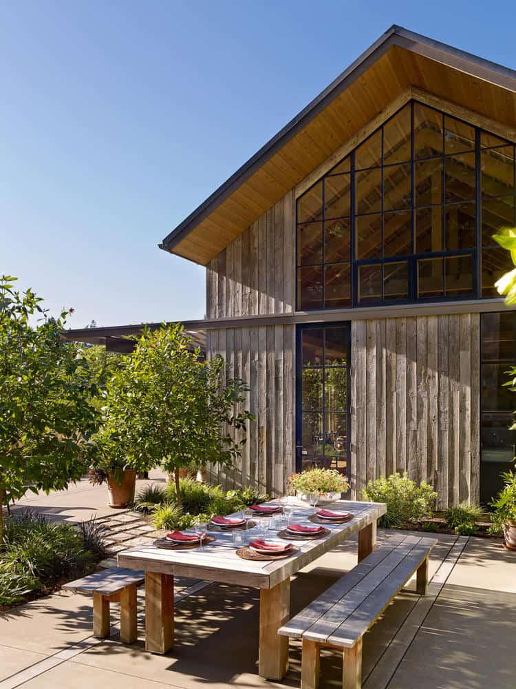Ngôi nhà đẹp như cổ tích lại nằm giữa không gian thiên nhiên rộng lớn toàn hoa thơm cỏ lạ - Ảnh 4