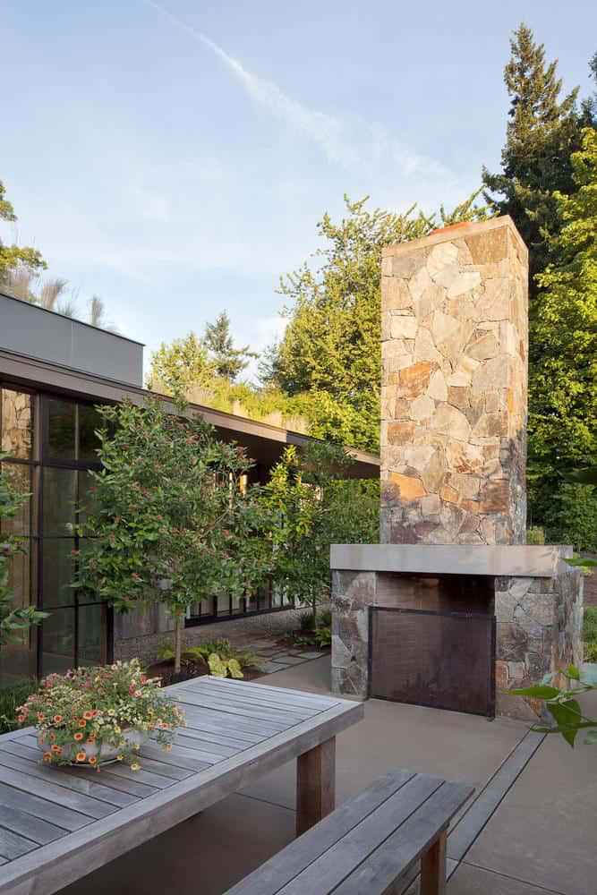 Ngôi nhà đẹp như cổ tích lại nằm giữa không gian thiên nhiên rộng lớn toàn hoa thơm cỏ lạ - Ảnh 8