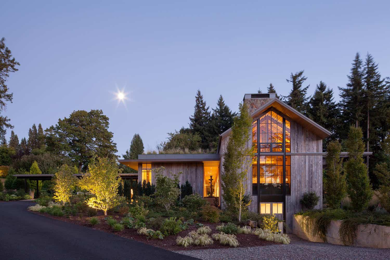 Ngôi nhà đẹp như cổ tích lại nằm giữa không gian thiên nhiên rộng lớn toàn hoa thơm cỏ lạ - Ảnh 14