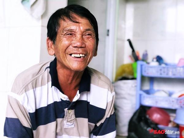 Bác bảo vệ bị dàn cảnh trộm xe SH ở Sài Gòn: 'Tui làm mất xe 40 triệu, được giúp hơn 100 triệu nên tui đem đi chia cho người nghèo hết rồi!' - Ảnh 1