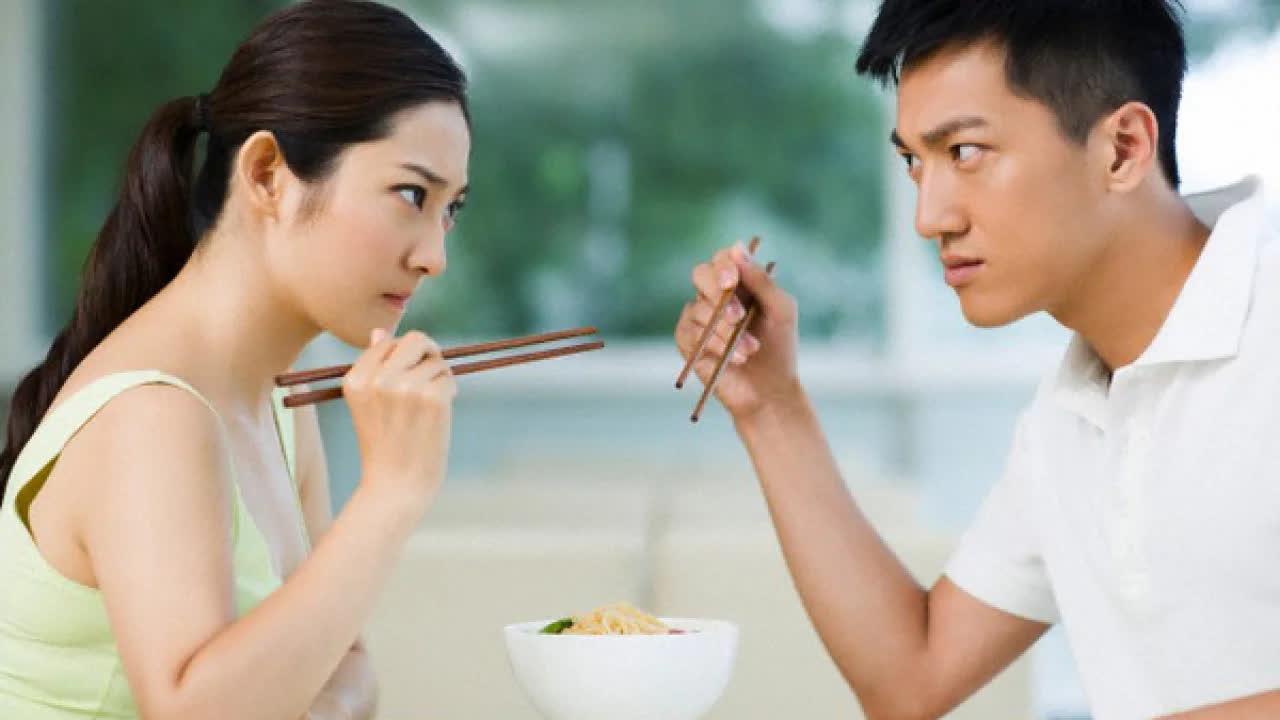 6 lý do bạn không nên chia sẻ chuyện vợ chồng cho bạn bè dù thân đến mấy - Ảnh 4