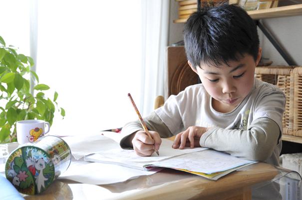 8 cách hữu ích để cha mẹ dạy con tính tự lập ngay khi còn nhỏ - Ảnh 5