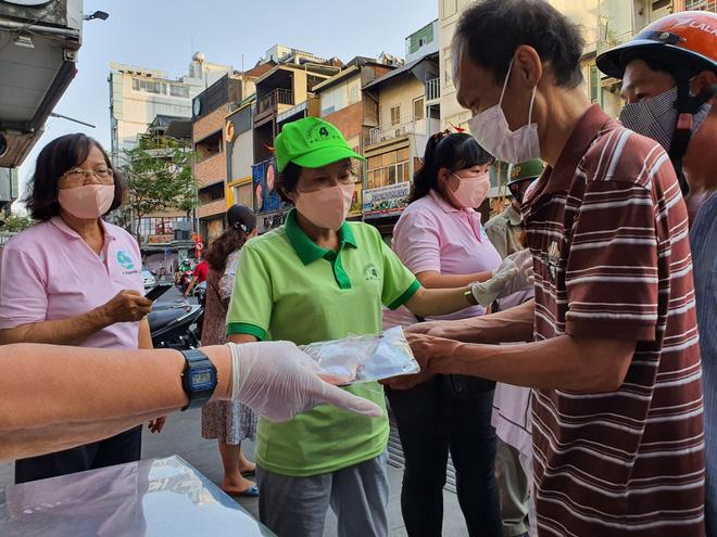 Bí thư Nguyễn Thiện Nhân: Cái quan trọng để ngăn chặn dịch bệnh là khẩu trang, khẩu trang là cách rẻ nhất, lại phù hợp với đất nước mình - Ảnh 3