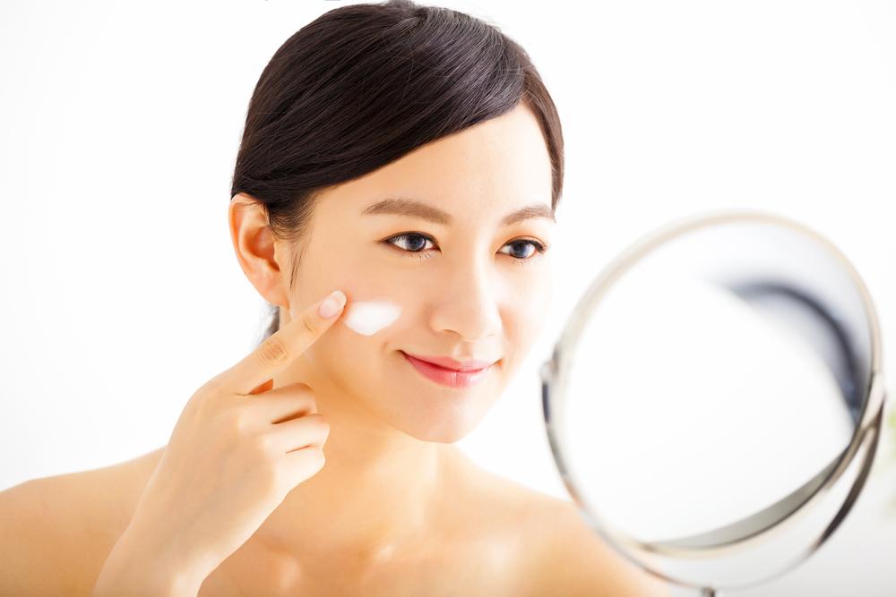 Các bước dưỡng da mùa hè để cho da không tiết dầu nhờn, khỏi lo mụn đầu đen - Ảnh 3